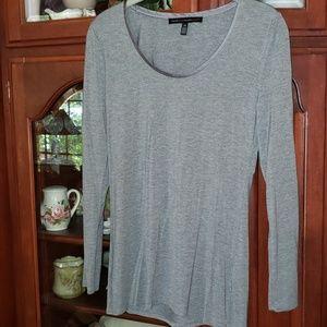 White House Black Market xs Soft gray Tee Shirt